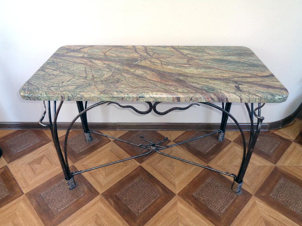 Кованый стол со столешницей из натурального мрамора Bidasar Green